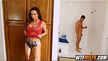 Bella Danger family sex with her bf and stepmother 1 002
