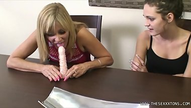BLONDE MILF STEP-MOM GIVES SLUT STEP DAUGHTER A LESSON ON BLOWJOBS