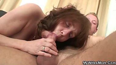Son-in-law doggy-fucks big tits granny