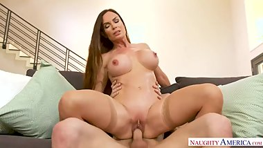 NAUGHTY AMERICA FUCKING SON'S FRIEND