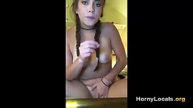 Homemade girlfriend mastubates for her boyfriend