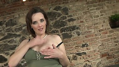 Feline real mom takes young dick Sonya from dates25com
