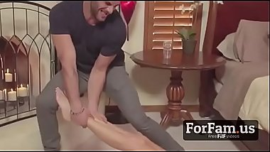 Mom Got Stuck and Son Takes The Opportunity  - FREE Mom Videos at ForFam.us