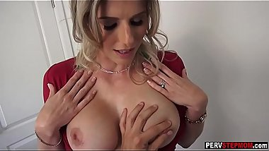 Warm MILF stepmom wants to feel a stepsons huge dick