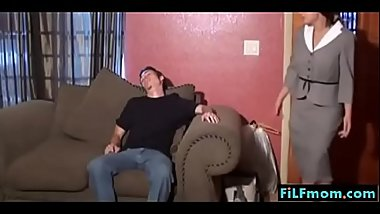 Step mom forces son a hand-job - FREE Mom Son Family Sex Videos at FiLFmom.com