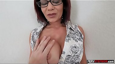 Mature stepmom sucks a stepsons big cock at a session